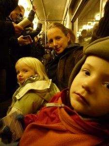 Trio dans le métro de Moscou