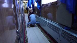 Gymnastique dans le couloir