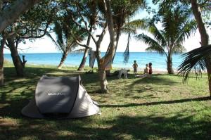 Camping sur la plage de Thio