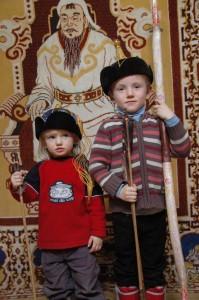 Jeunes chasseurs mongoles