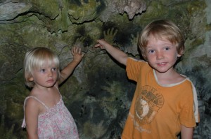 Empreintes de mains des enfants