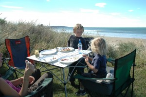 Dejeuner sur la plage de Kaka Point