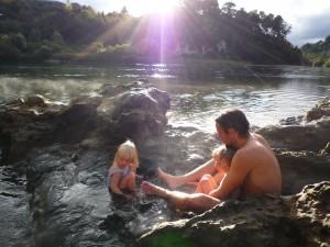 baignade dans des sources chaudes