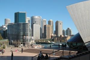 Vue sur la City depuis parvis de l'Opera House