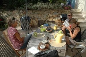 Déjeuner en famille à la Cadière