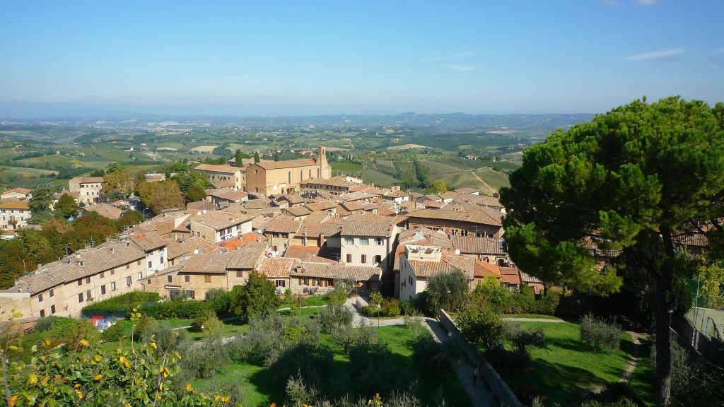 Vue des remparts sur le paysage toscan